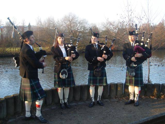 Glen Regnitz Pipe Band 1108 032