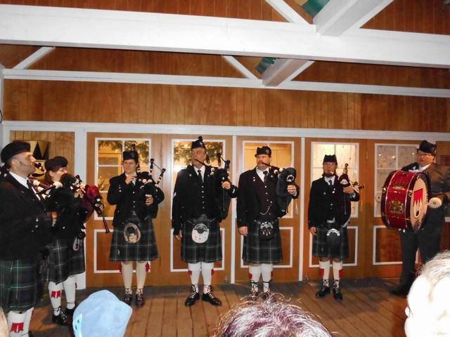 mini-DSCI0732_glen-regnitz-pipe-band_3